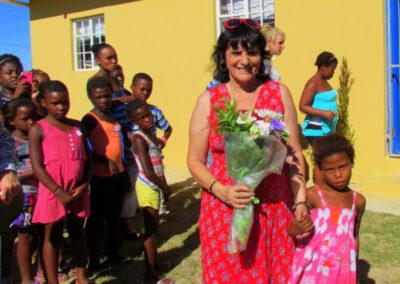 Molly, flowers & kids